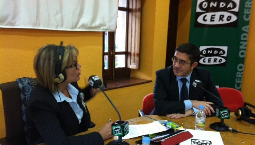 Julia Otero y el Lehendakari Patxi López en Portugalete