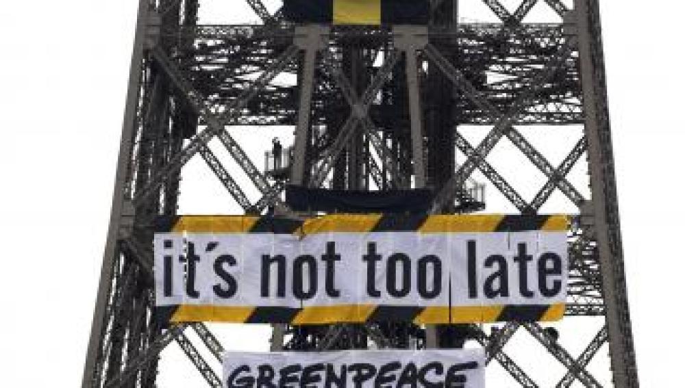 Activistas de Greenpeace entran en varias instalaciones nucleares francesas