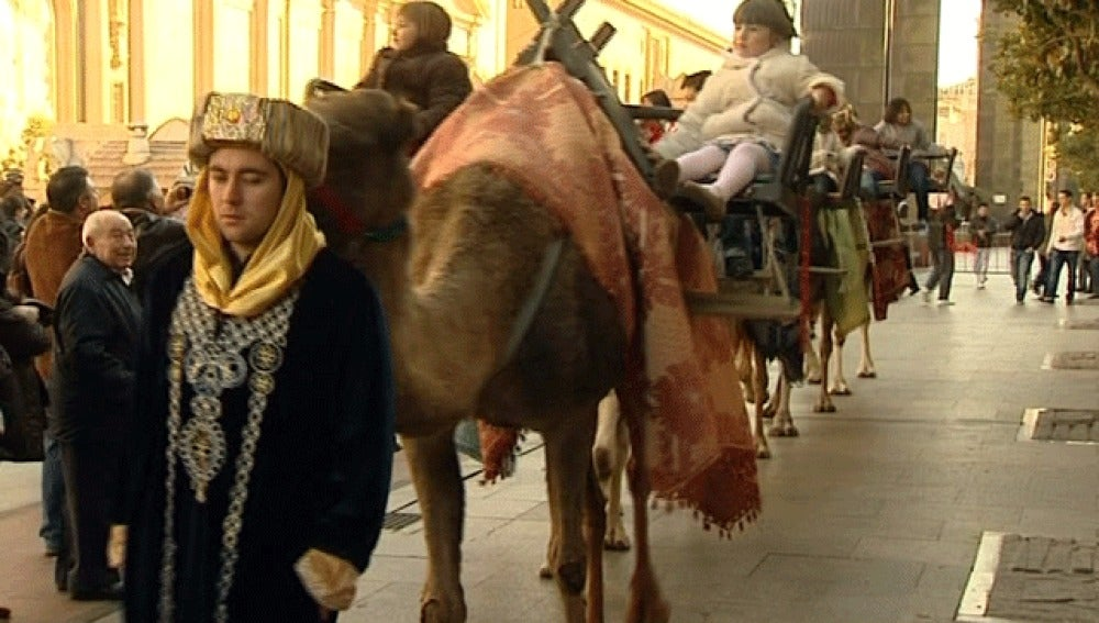 Mercadillos, belenes y... paseos en camello