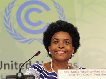 Ministra de Relaciones Exteriores surafricana, Maite Nkoana-Mashabane