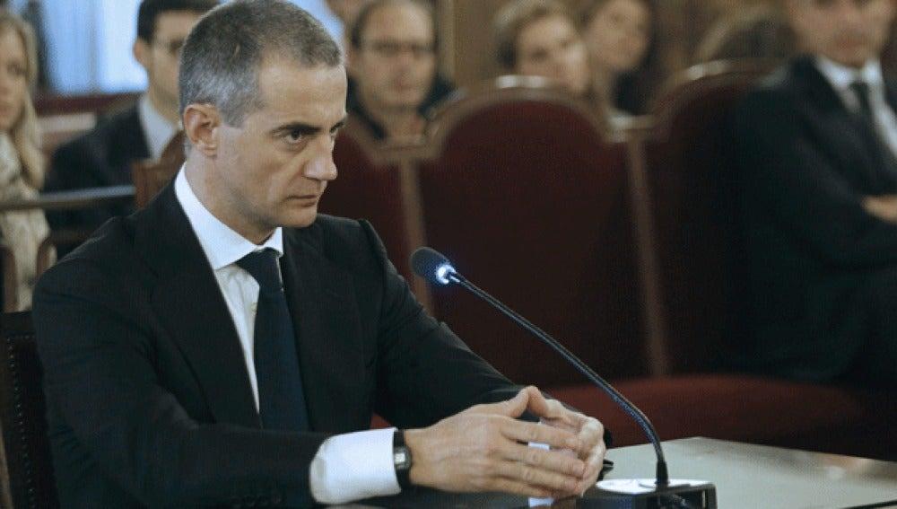 Ricardo Costa, en el banquillo