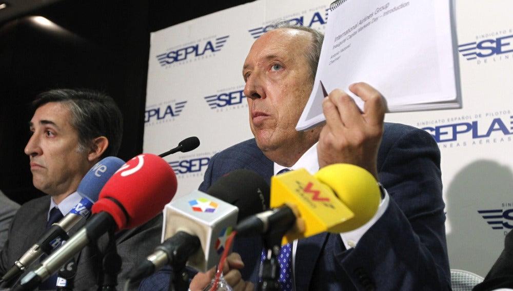 El presidente del sindicato de pilotos de Iberia, Justo Peral