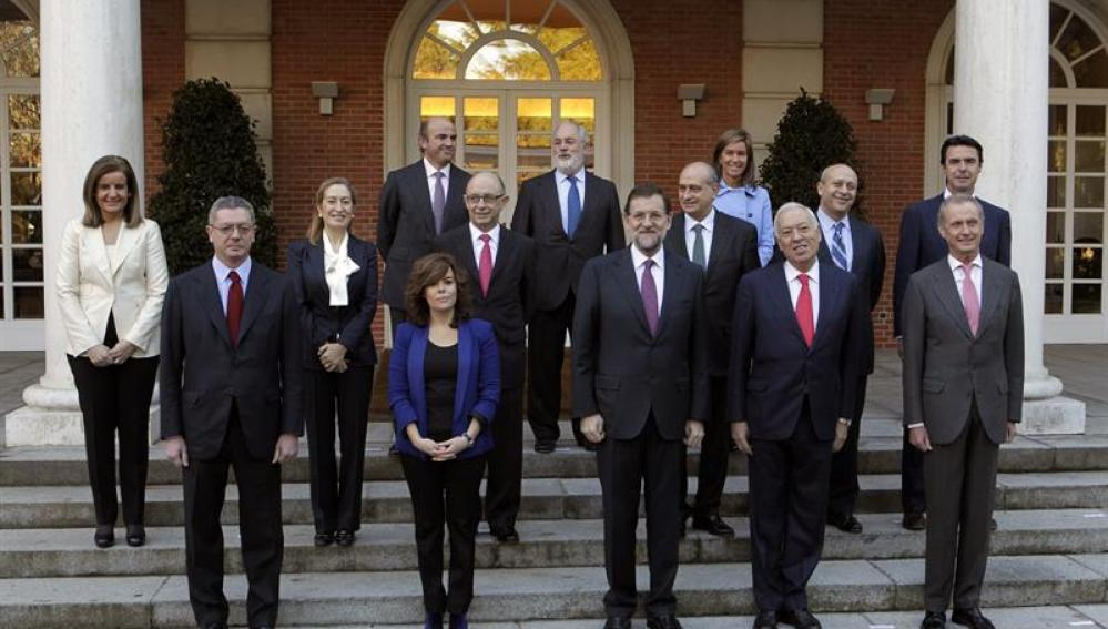 Rajoy con sus ministros