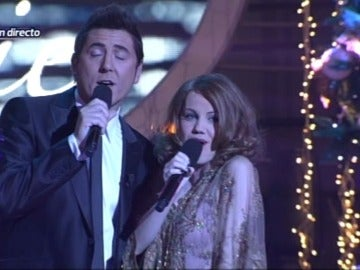 Manel Fuentes y Angy Fernández interpretan 'Something stupid'
