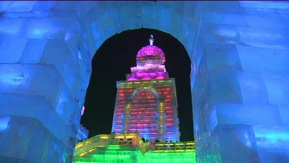 El hielo se hace arte en China