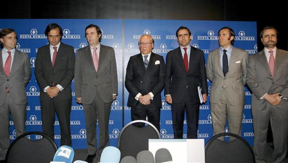 Ruiz Mateos junto a sus seis hijos varones