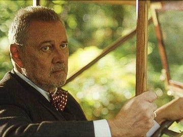 Carlos Larrañaga en la película 'Luz de domingo'