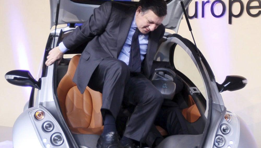 Durao Barroso sale del 'Hiriko'