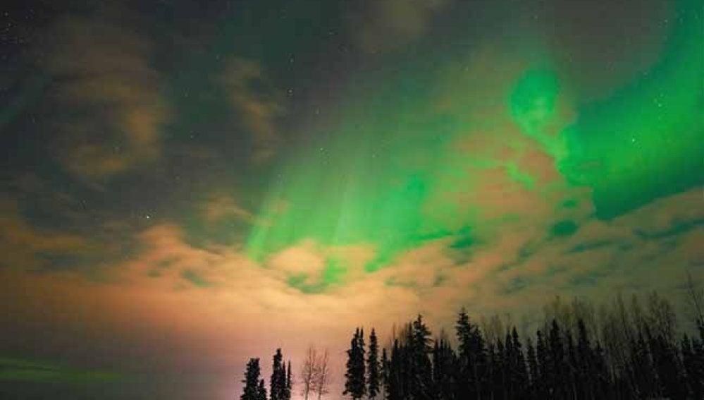 Aurora Boreal vista en Alaska