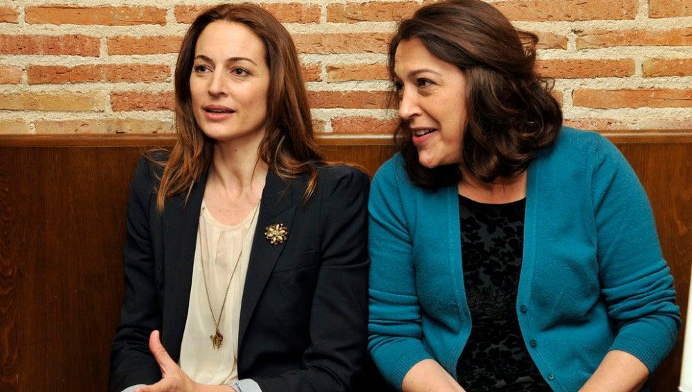 Cuca y María durante la entrevista