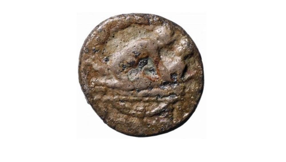 Una moneda hallada en Londres representa el acto sexual