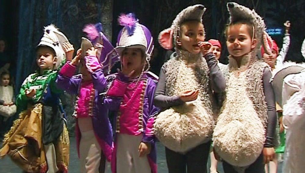 Los niños se unen al ballet ruso