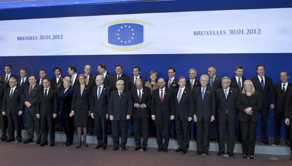 Los líderes de la Unión Europea posan en la tradicional foto