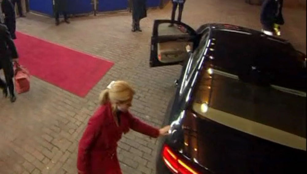 La primera ministra danesa, a punto de ser atropellada