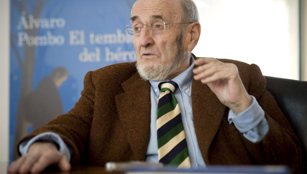 El escritor Alvaro Pombo