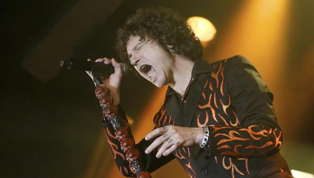 El cantante Enrique Bunbury, durante su actuación