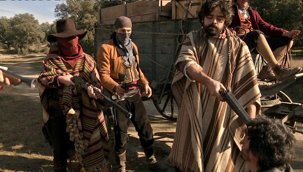 Los bandoleros asaltan la diligencia custodiada por Mendoza