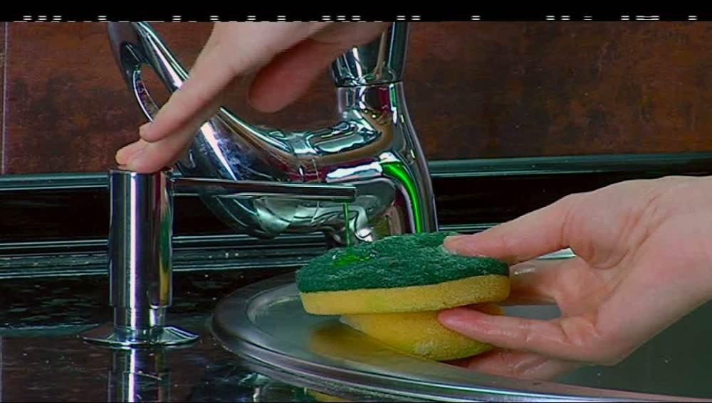 Encastra una jabonera en la encimera