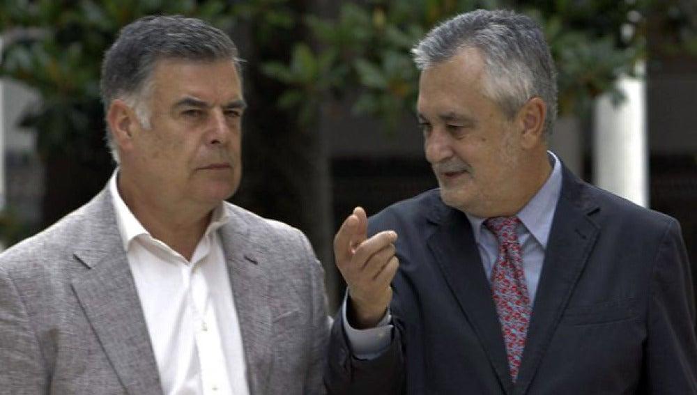 José Antonio Viera acompañado por José Antonio Griñán