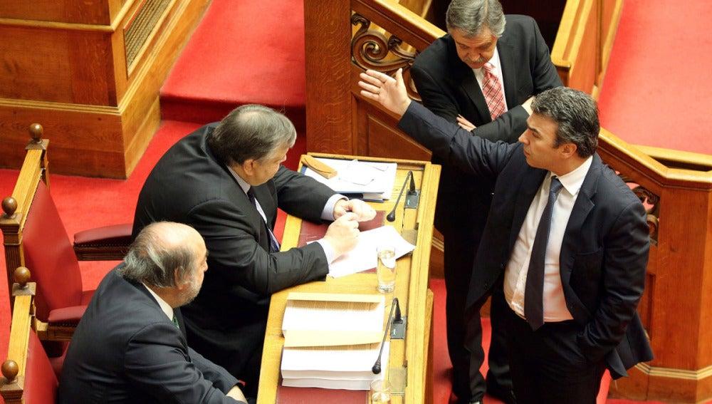 El ministro griego de Finanzas, Evangelos Venizelos, en el Parlamento