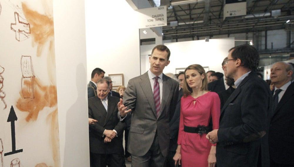 Los príncipes de Asturias inauguran ARCO