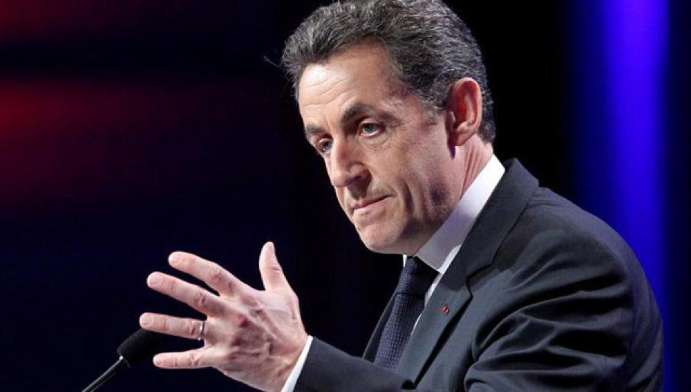 Sarkozy, en su primer gran mitin en Marsella
