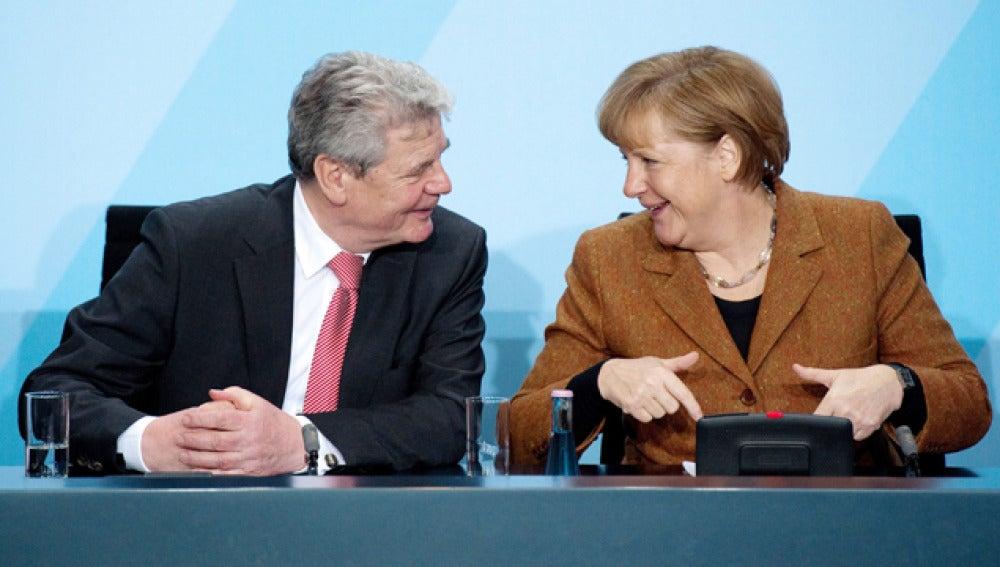 La canciller alemana, Angela Merkel, y el pastor luterano, Joachim Gauck