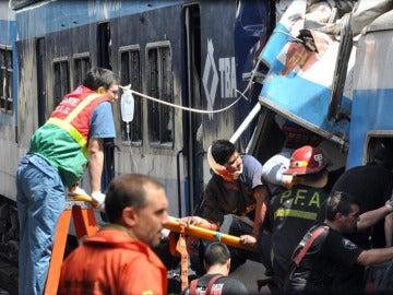 Imagen de las labores de rescate en Buenos Aires