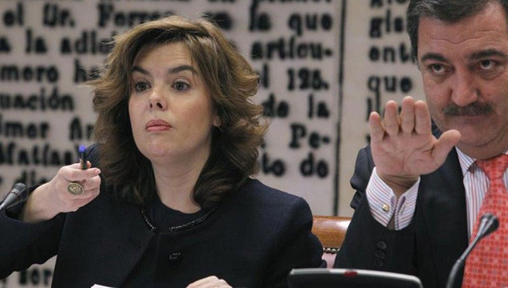 Las autonomías socialistas suspenden en el déficit frente a Madrid que sí ha cumplido