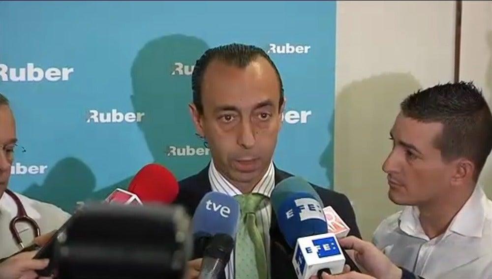 Pedro Mata, neurocirujano