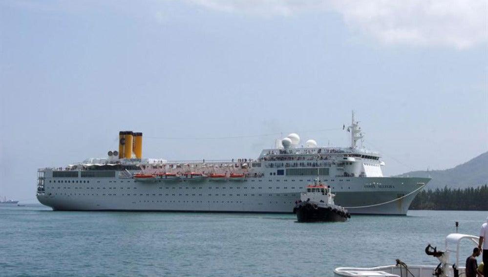 El Costa Allegra llega a puerto