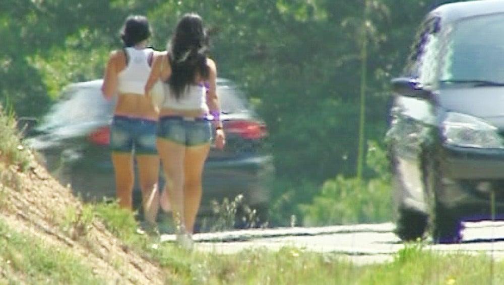 Sanciones de 30.000 euros para los conductores que se detengan a contratar sexo