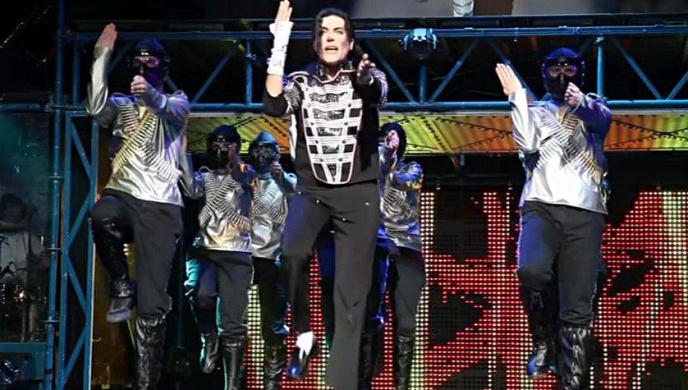 El 'Michael Jackson español' en su espectáculo