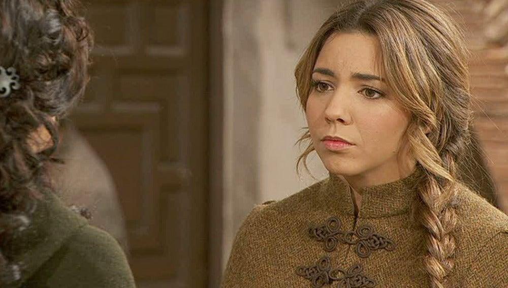 Emilia quiere saber que planea Juan