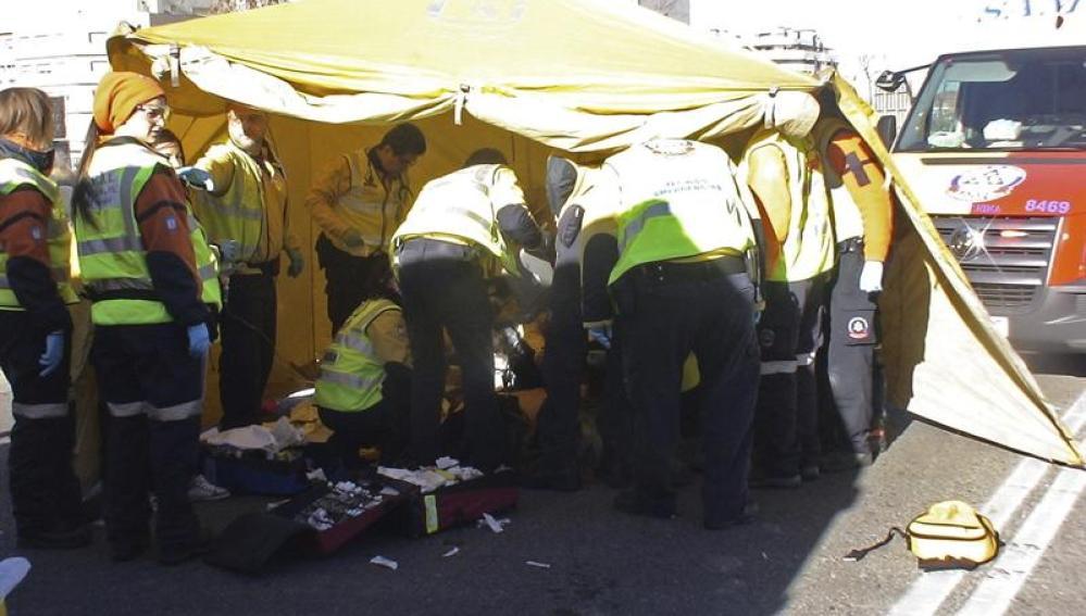 Fotografía facilitada por el Ayuntamiento de Madrid tras el atropello de un hombre de 40 años