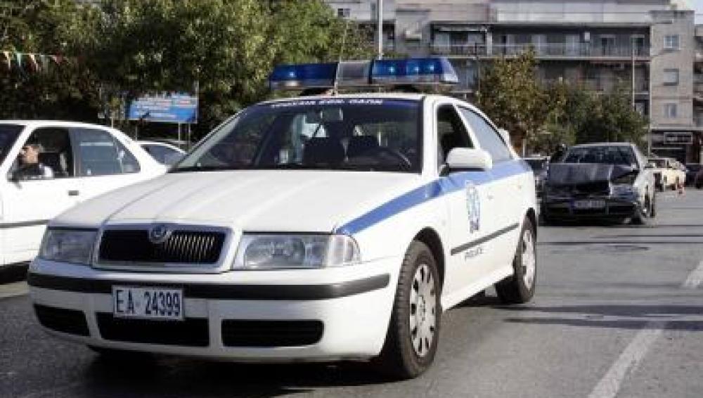 Coche de policía griego