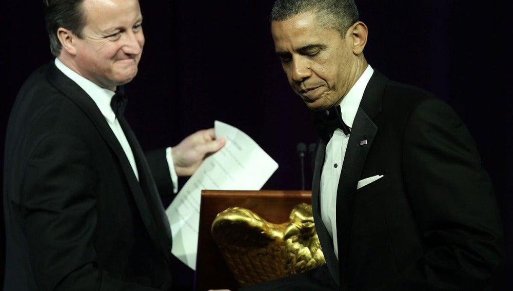 Barack Obama junto a David Cameron