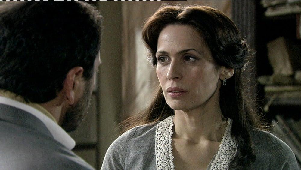 Adela y Marcial hablan de sus sentimientos