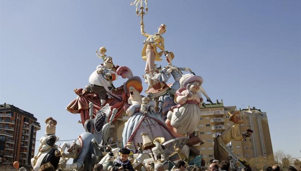 La comisión de Nou Campanar ha conseguido el primer premio de la sección especial de Valencia