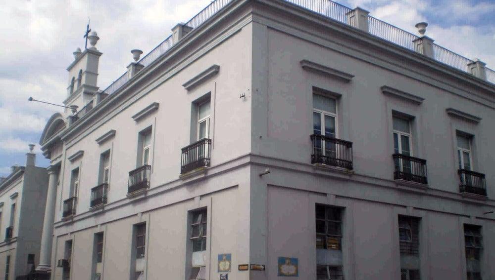 Fachada del Hospital Maciel, en Montevideo