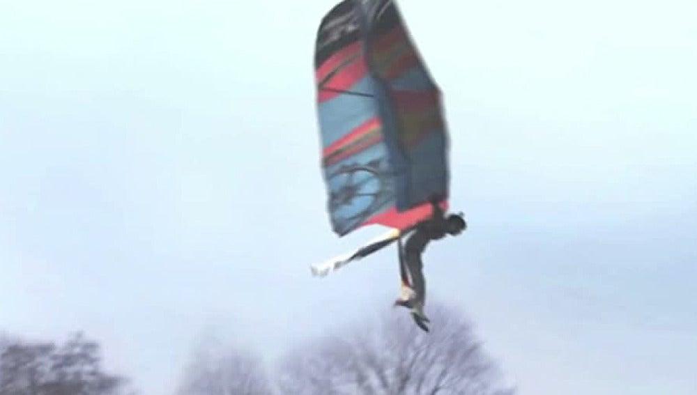 Ingeniero holandés consigue volar