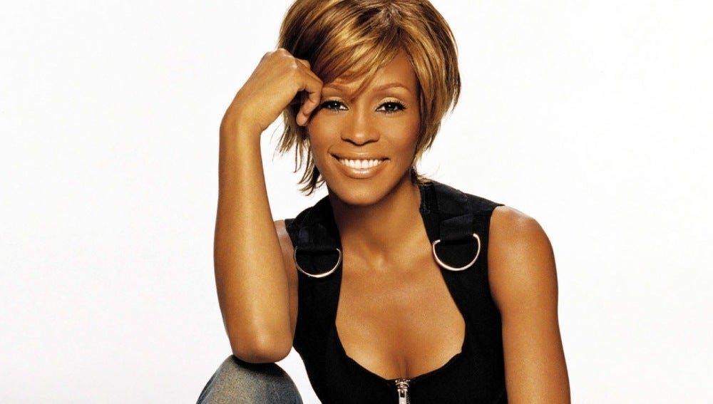 Whitney Houston fallece por consumo de drogas