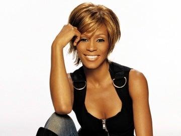 Whitney Houston fallece por consumo de drogas
