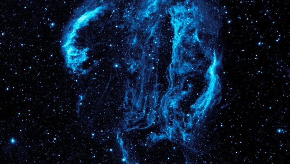 Imagen con ultravioleta de la nebulosa Cygnus Loop