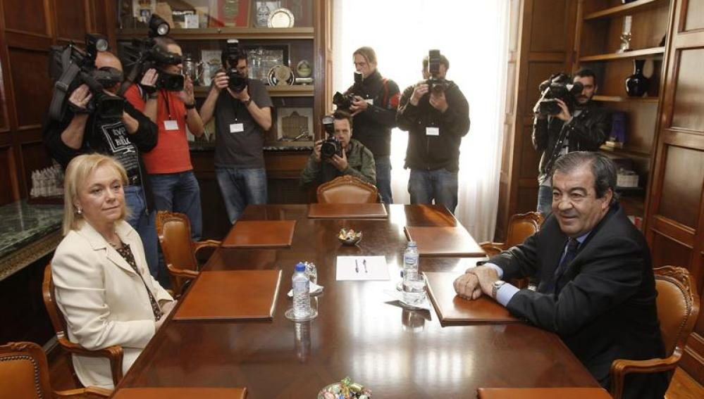 Foro y PP se reúnen en Asturias para llegar a un acuerdo