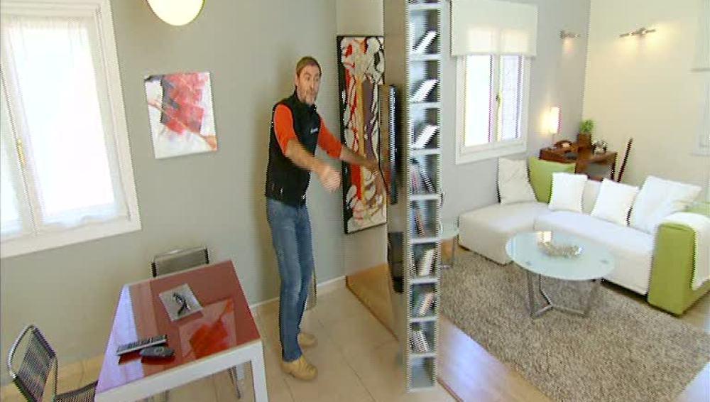 ¡Separa tu salón con una pared giratoria!