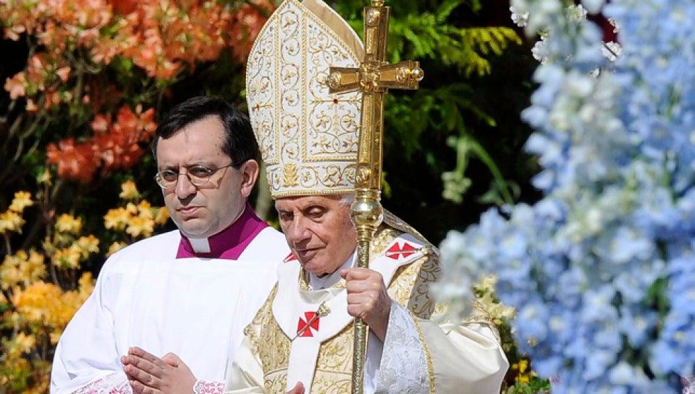 Benedicto XVI, en la misa del Domingo de Resurrección