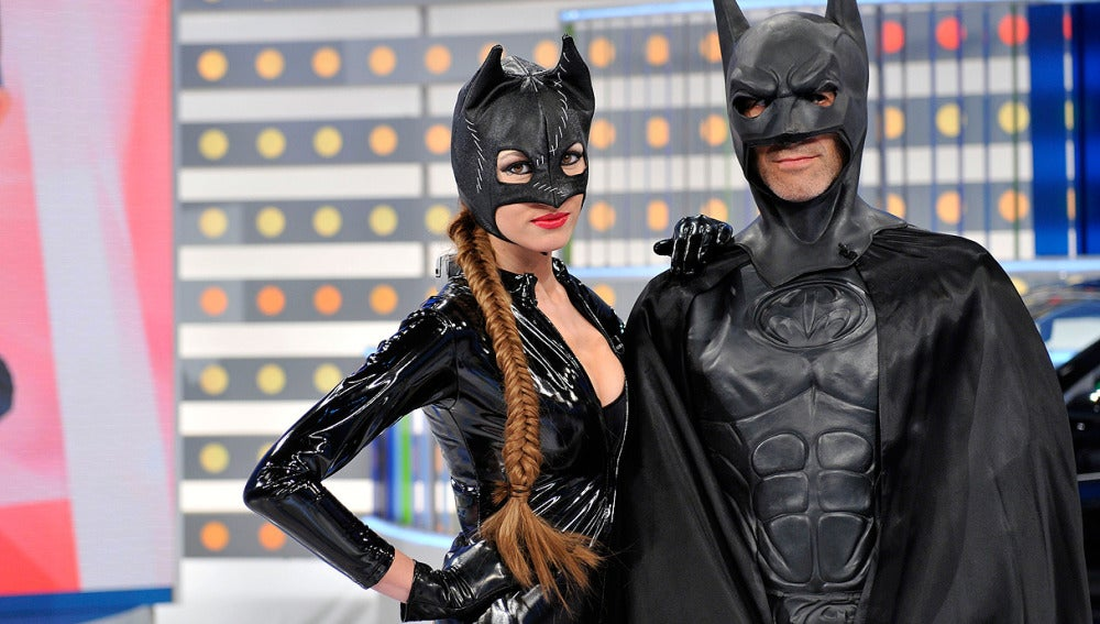 Jorge Fernández es Batman y Paloma, Catwoman