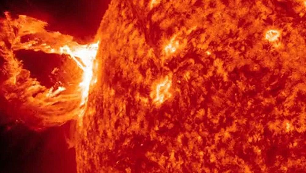 Explosión solar captada por la NASA
