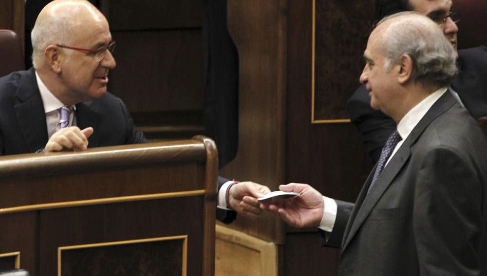 Duran i Lleida conversa con Fernández Díaz